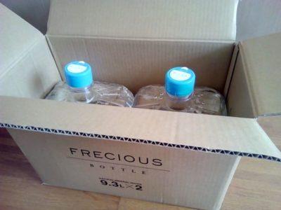 フレシャススラットの天然水配送1箱(9.3L×2本)